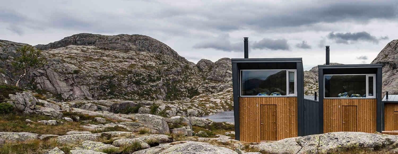 skaapet-fasader-fjell-landskap